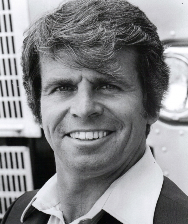 600full-william-devane