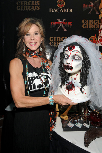 Linda+Blair+Elvira+Linda+Blair+Fright+Dome+85_wxvpJeCCl