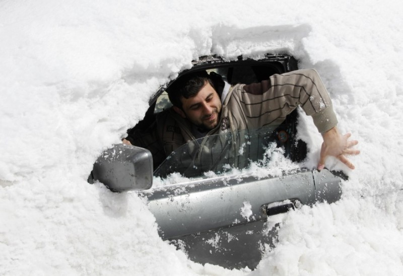 reuters_lebanon_snow_02Mar12-878x602