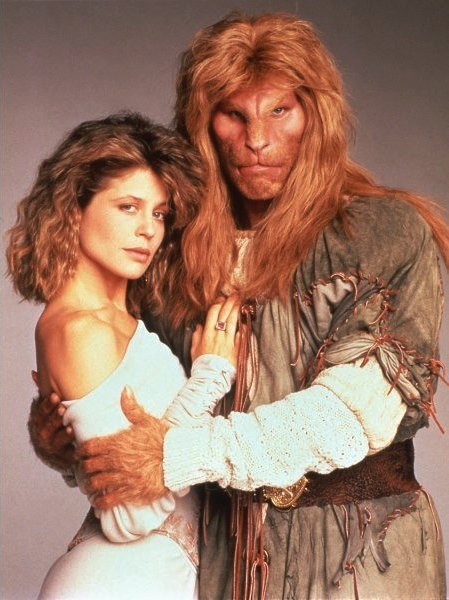 cw-develops-remake-linda-hamilton-s-beauty-and-the-beast