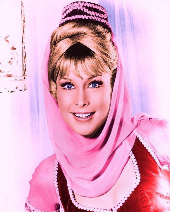 Barbara-Eden-as-Jeannie-i-dream-of-jeannie-6446988-581-722