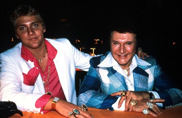 The-real-life-Liberace-and-Scott-Thorson