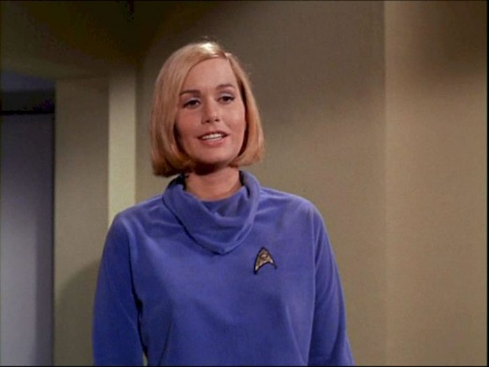 star-trek-babes-sally-kellerman-as-dr-elizabeth-dehner-in-where-no-man-has-gone-before