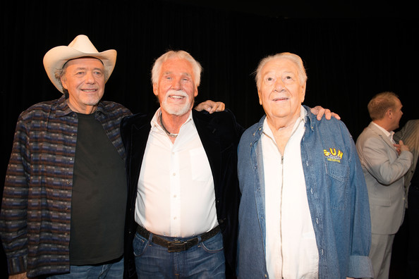 Kenny+Rogers+Country+Music+Hall+Fame+Inductees+6vrWidiE2iCl