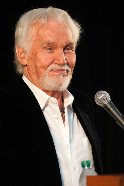 Kenny+Rogers+Country+Music+Hall+Fame+Inductees+KMypH1hwz2ll