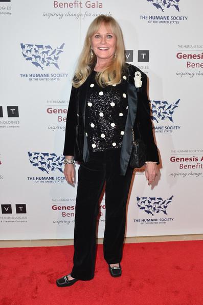 Valerie+Perrine+2013+Genesis+Awards+Benefit+Dp83NbKSgcDl