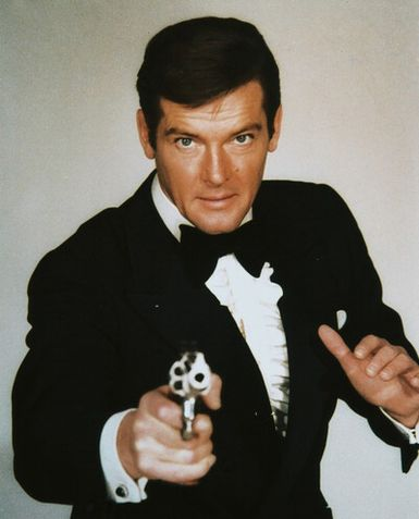 110822-roger-moore-as-james-bond