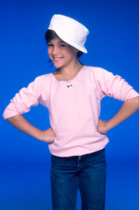 alyssa-milano-whos-boss-1984-tv-photo-GC