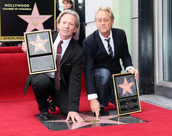 Dewey+Bunnell+America+Honored+Hollywood+Walk+6RkQuYCBI2vl