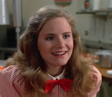 jennifer-jason-leigh-fast-times-ridgemont-high-1982-photo-GC