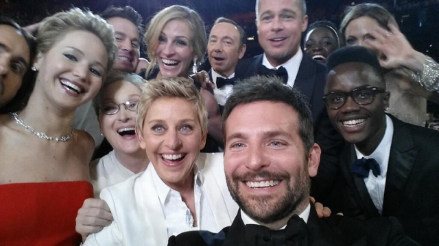 ellen-degeneres-selfie-oscars-2014-most-retweeted-photo-ever