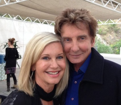 BarryManilow-olivianewtonjohn-june4th-2014