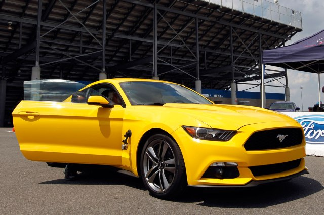 2015-ford-mustang-ecoboost-front-side-view-yellow-door-open