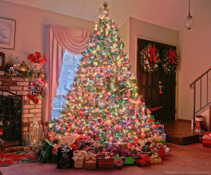 christmas-tree-near-chimney