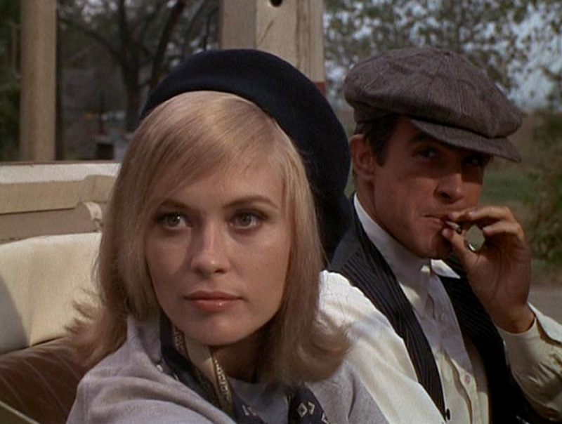 Bonnie-and-Clyde_Faye-Dunaway-black-beret-CU-Warren-Beatty_cap1
