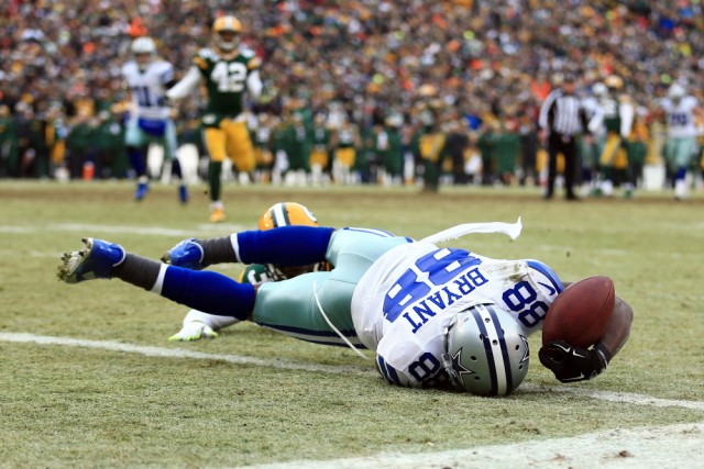 USP NFL: DIVISIONAL ROUND-DALLAS COWBOYS AT GREEN S FBN USA WI