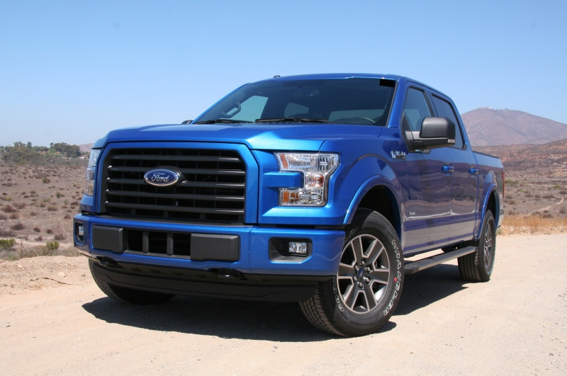 2015-ford-f-150-xlt-4x4-front-angle