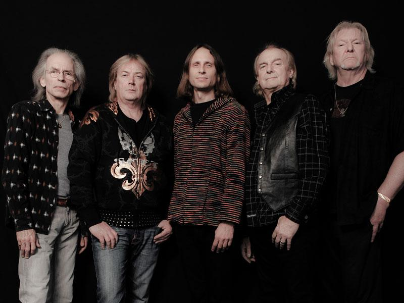 YES-Band_800x600