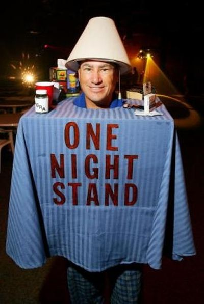 1-funny-halloween-costume-one-night-stand